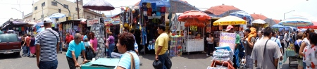 Market stands at El Tepito. (Credit: J. Renteria)