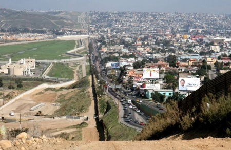 San Diego-Tijuana, source: http://andrikyrychok.files.wordpress.com/2011/05/hplmw.jpg