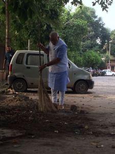 Modi leading the Swachha Bharat Abhiyan Image: http://www.narendramodi.in