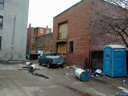 garbage in the alley 2.JPG