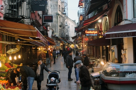 istambul alleys'.jpg